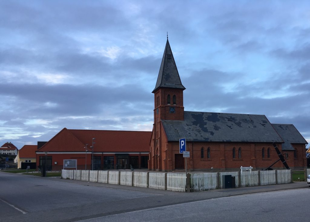 Løkken church