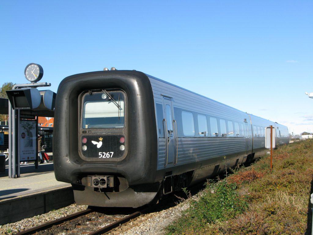 DSB train