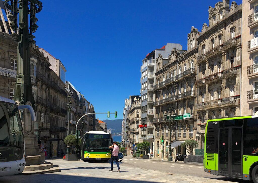 How to get from Porto to Vigo