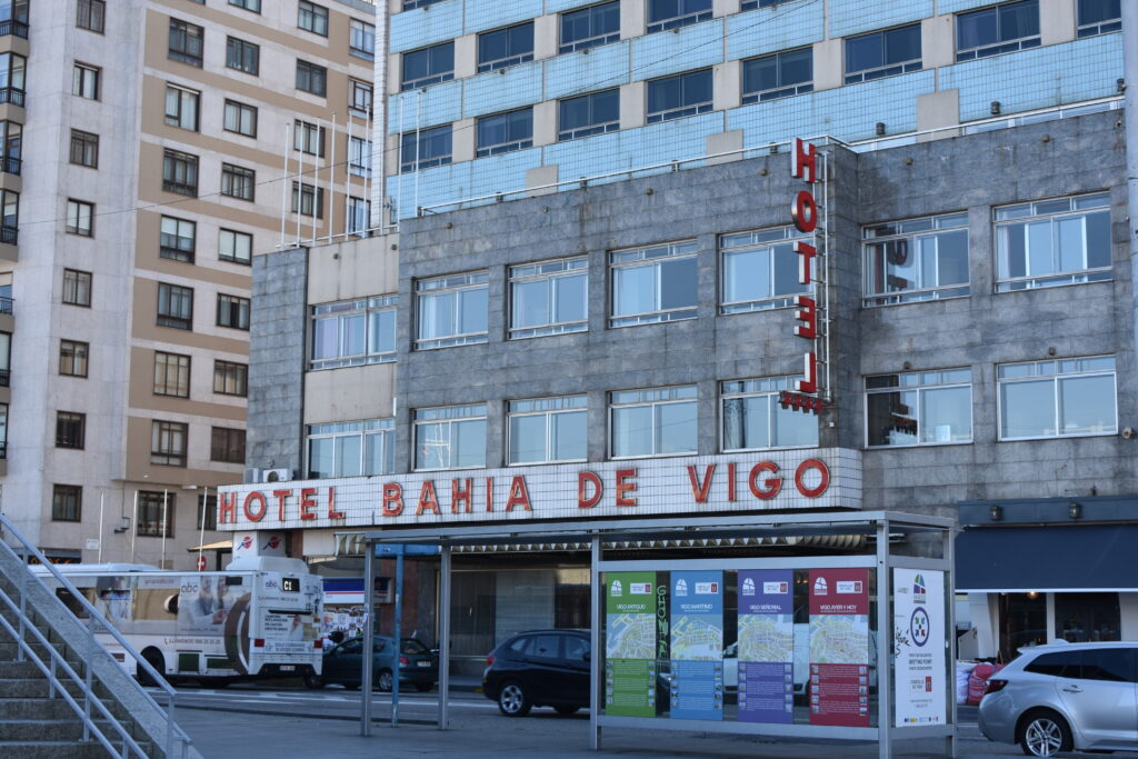 Find a central hotel in Vigo
