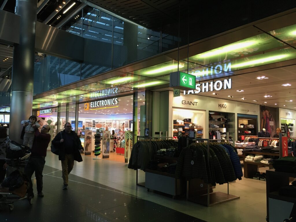 Shopping at Amsterdam Schiphol